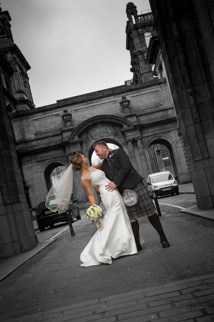 Looking For A Wedding Photographer Gary Davidson Photography Based In Glasgow Offers Great Service At Price