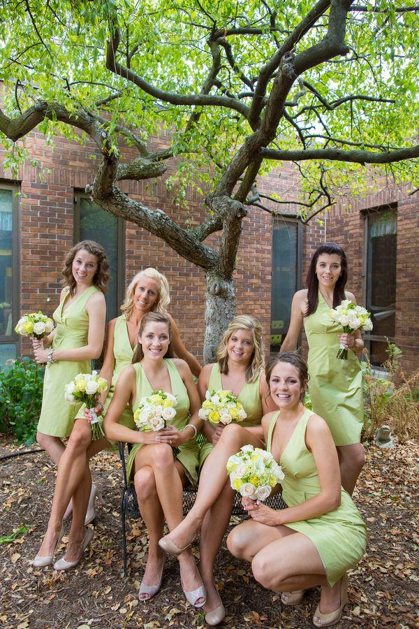 Robes printannières vert anis