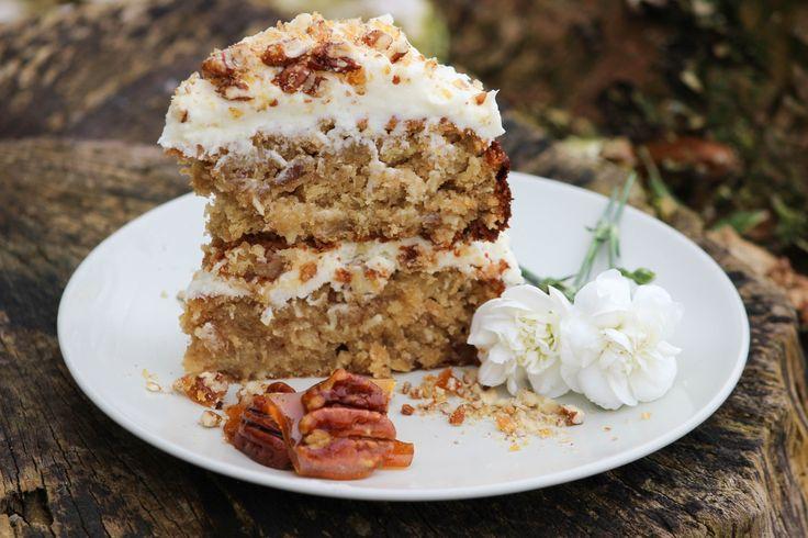 banana cake, sponge cake, mothers day, hummingbird cake, celebration cake, fruit cake, cream cheese icing, summer cakes