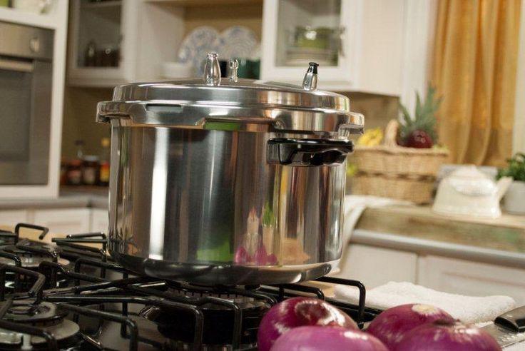 Disfruta de los beneficios de las ollas a presión Cinsa, conserva los nutrientes de tus platillos preferidos.