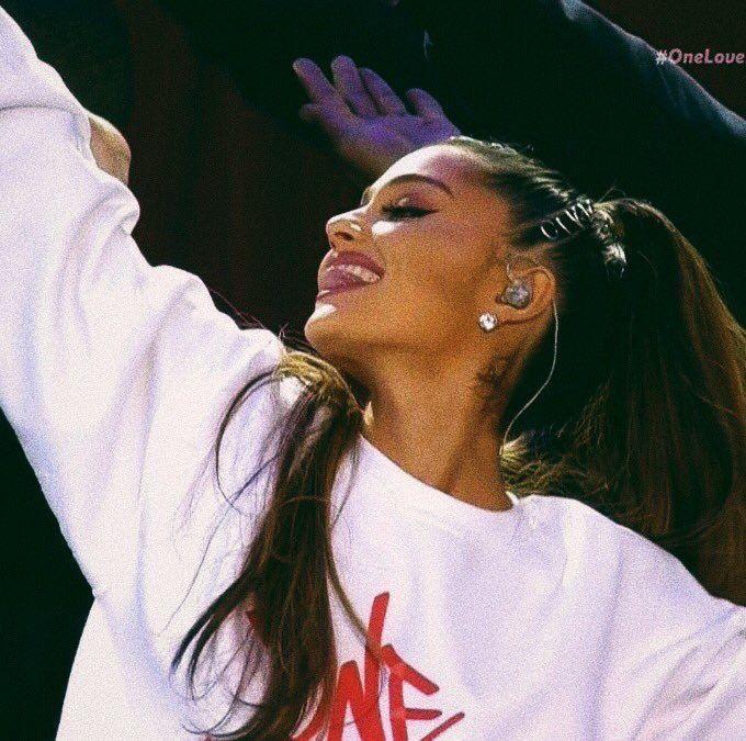 Ariana Grande #ariana#grande#amazing#woman