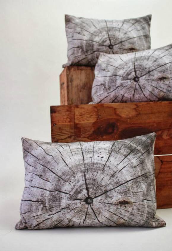 Plantillo Wood Pillow