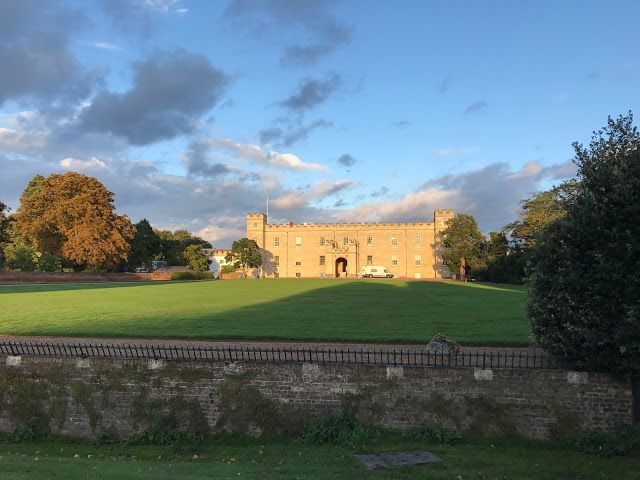 Syon House, An Urban Wander around Brentford, London | In Search of Space