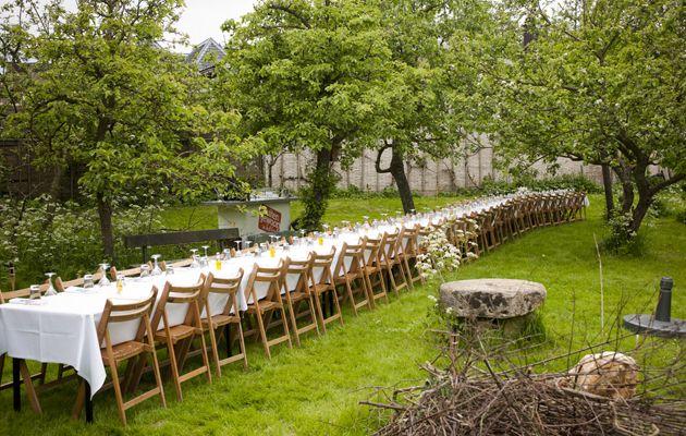 Buitengewoon in het land: lange tafels op bijzondere locaties zoals moestuinen of wijngaarden met diners gemaakt door topchefs...klinkt goed...