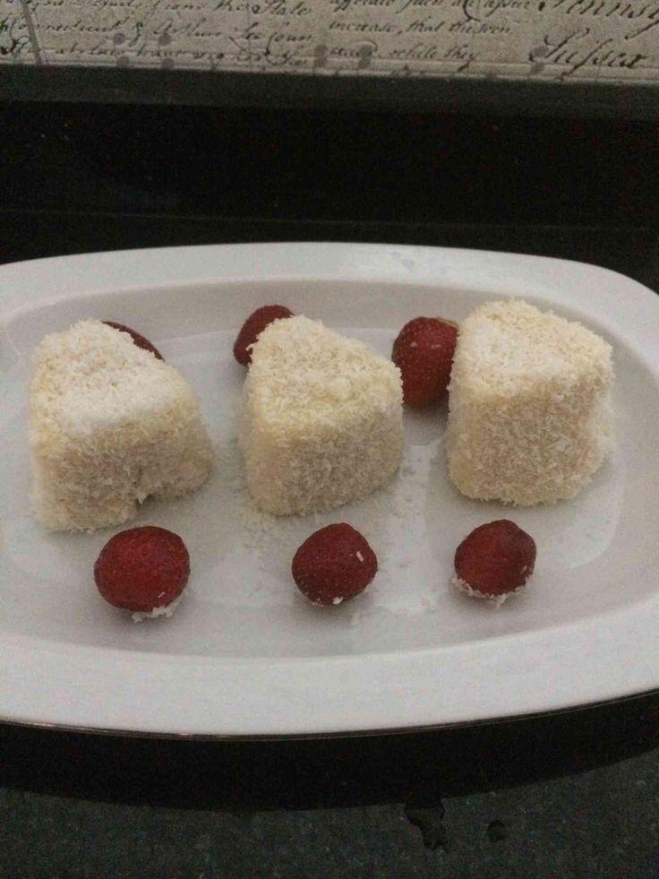 Diyet Sütlü Fincan Tatlısı Tarifi Nasıl Yapılır? Diyet Sütlü Fincan Tatlısı Tarifi'nin detaylı anlatımı.Diyet tatlı tarifleri,diyet yemek tarifleri, diyetto