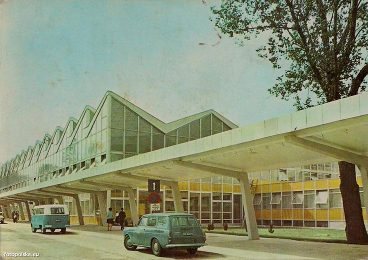 Stary budynek lotniska Okęcie