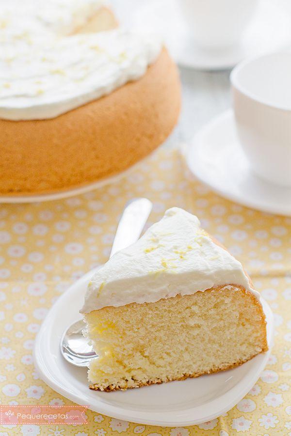 Bizcocho de limón, ¡una deliciosa tentación! , Si buscas recetas de bizcochos, no te pierdas este bizcocho de limón suave y esponjoso. Aprende a hacer bizcocho de limón paso a paso con esta receta fácil.