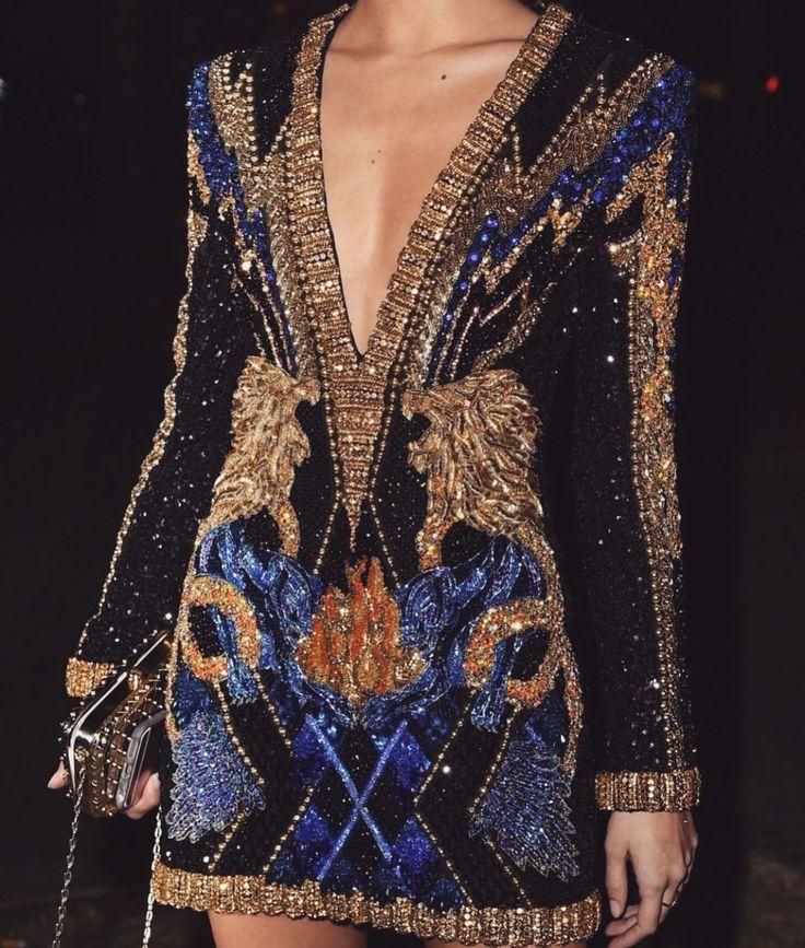Costume to Empress is stuffed with stunning and lavish 💃🏽attire. FOLLOW MY…