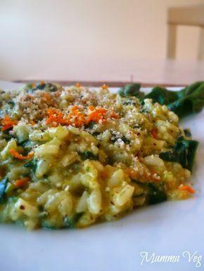 Oggi vi propongo una ricettina semplice e veloce. Un risotto delicato agli spinaci e nocciole con una bella grattugiata di curcuma fres...