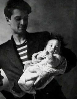 Two generations of Robert De Niro. Father and son poet and actor 1943 http://ift.tt/2xRHDWA