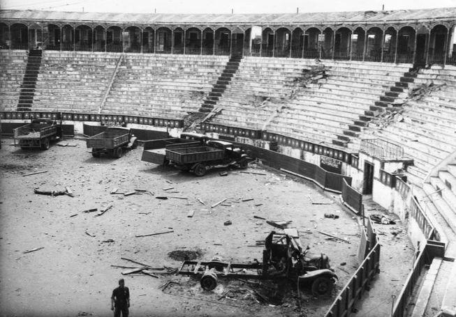Estado de la plaza de toros de Badajoz el 15 de agosto de 1936 (publicada en el lisboeta 'Diário de Noticias' el 17 de ese mes y recogida en el libro 'La matanza de Badajoz ante los muros de la propaganda', Libros Libres).