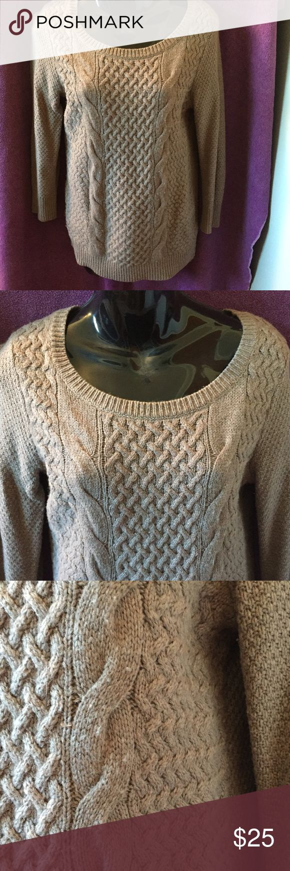Ann Taylor Loft light brown (sable) sweater Very nice woo blend Ann Taylor Loft textured sweater. Beautiful sable color & almost tunic length. Very gently worn. Anne Taylor Loft Sweaters Crew & Scoop Necks