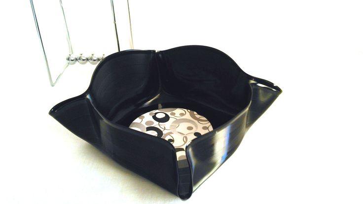 1000 ideas about vide poche design on pinterest vide deco cuivre and tag re - Meuble vide poche design ...