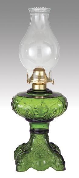 """Dark Green """"Princess Feather"""" Kerosene Oil Lamp"""