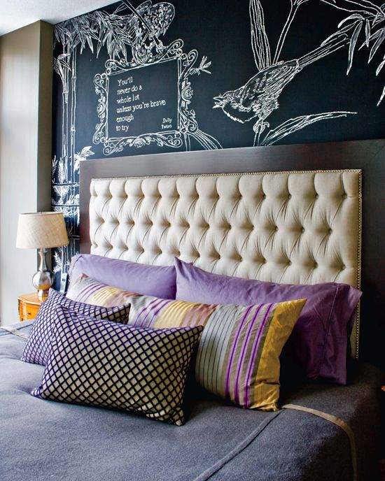 Bedroom with chalkboard accent wall: Dreams Bedrooms, Headboards Ideas, Bedrooms Design, Tufted Headboards, Chalkboards Paintings, Chalkboards Art, Chalk Boards, Head Boards, Chalkboards Wall