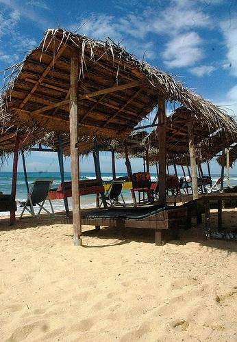 Beach, Hikkaduwa, Sri Lanka (www.secretlanka.com)