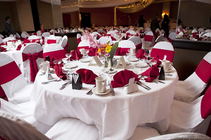 Red & White Wedding - Embassy Suites Airport, Bloomington MN.  www.embassyweddings.comWhite Wedding