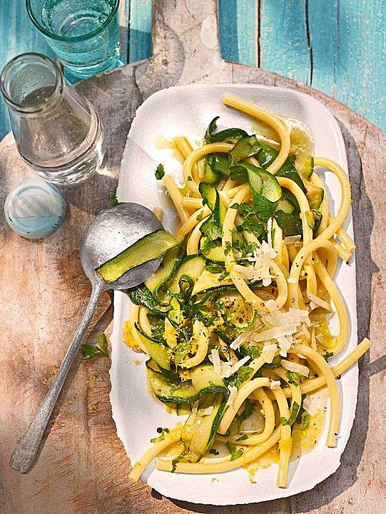 Zucchini - Zitrone Nudeln mit Parmesan