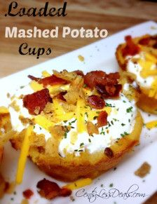 Loaded Mashed Potato Cups - I think we just found your new favorite recipe. Get out your muffin tin and enjoy!