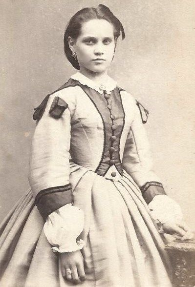 1860s Stunning Woman Outstanding Dress Germany CDV | eBay