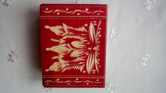 Nieuwe handgemaakte houten geheime magische puzzel verrassing mysterie vak boek, met verborgen compartiment, speelgoed, handgesneden houten boek, cadeau voor iedereen
