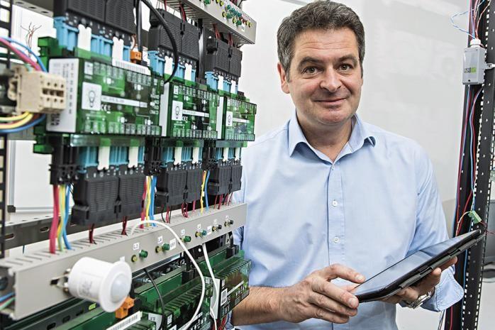 Christophe Guyard, directeur général de Delta Dore EMS. Trophée Energie 2017 : Delta Dore EMS, as du pilotage intelligent de l'énergie