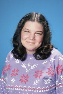 Mindy Cohn Picture