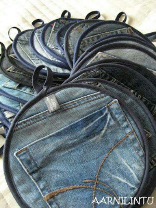 Reused jeans...well, duh. There's an instant pocket for your hand with these pot holders. Why didn't I think of it myself?