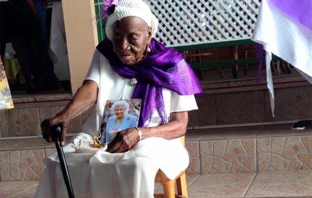 [Tribune]: Η γηραιότερη γυναίκα στη Γη είναι μια πρώην σκλάβα από την Τζαμάικα 117 ετών | http://www.multi-news.gr/tribune-gireoteri-gineka-sti-ine-mia-proin-sklava-apo-tin-tzamaika-117-eton/?utm_source=PN&utm_medium=multi-news.gr&utm_campaign=Socializr-multi-news