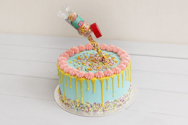 Learn how to make one of the hottest trends in baking right now - a gravity cake. This one is unbelievably easy and yet looks so impressive, it's bound to be a hit as a birthday showstopper!