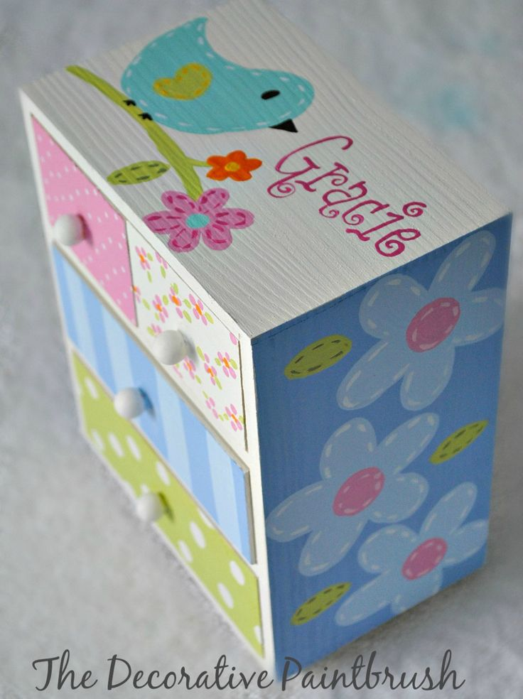 What a funky fun place to hide all your small trinkets and jewelry. This box is 7 1/2 inches tall, 6 inches wide by 4 inches deep. 4 drawers (2 small on top, 2 larger on the bottom)    We can paint it exactly in the design you see here or create something totally unique just for you at no extra cost. Just contact me with the specifics. We can match a room color, a bedspread pattern or any theme you can imagine. We can also add a name or even a date (if you are using it for a flower girl or…