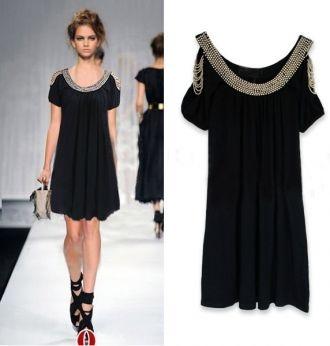 Bello ed elegante...mi piace!Black Cocktails, Dinner Dresses, Black Gold, Strapless Black Dresses, Shorts Sleeve, Gorgeous Dresses, Little Black Dresses, Cocktails Parties Dresses, Hands Beads