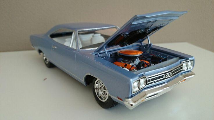 Model  Model Cars