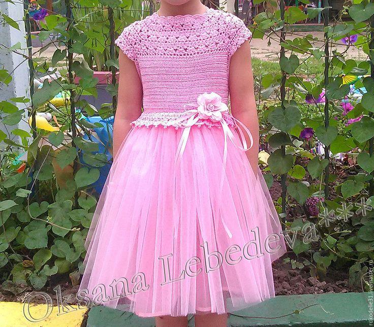 Купить Платье для девочки праздничное красивое розовое с пышной юбкой крючком - красивое детское платье