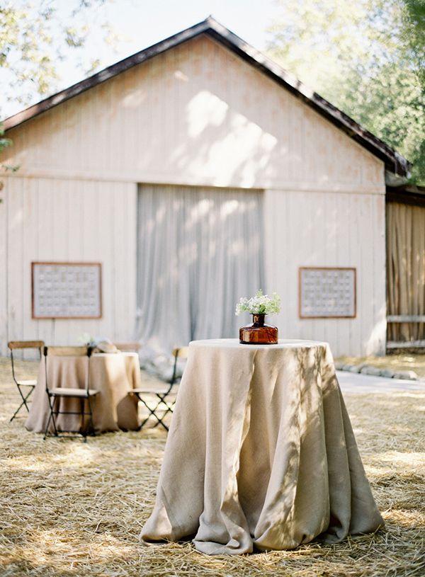Wesele w stodole Jak i gdzie je zorganizować zdjęcie: Jose Villa Photography