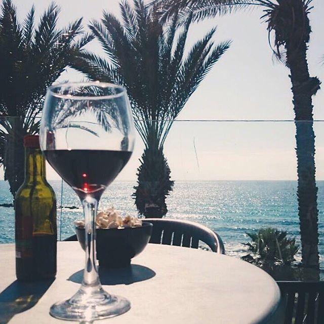 Невероятно классная цена на отличный отель в Испании ... от 25 000 руб.  Вылет 13.05 на 7 ночей Вылет 24.05 на 7 ночей можно на 11 ночей  В самом сердце #Ллорет-де-Мар, откуда удобнее всего изучить все прекрасные уголки Испании При этом ещё не известно захочется ли Вам покидать этот приятнейший отель))) Aqua Hotel Bertran Park 4*  Завтраки и ужины уже включены!  В стоимость включено: перелет из СПБ , ✈, проживание, питание завтрак+ужин, трансферы 🚌 и страховки🚑. Цены действительны на…