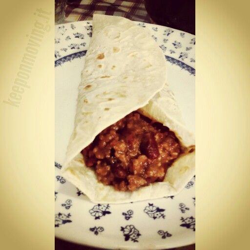 Per un pranzo messicano e piccante ⏩ Chili proteico!  Trovi la ricetta qui ➡ http://keeponmoving.it/chili-proteico/