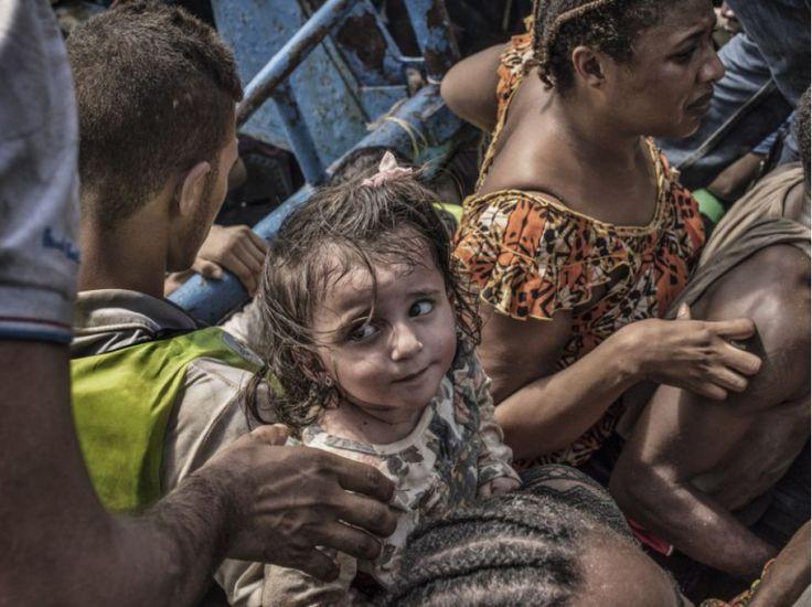 """""""Beaucoup étaient des mineurs qui voyageaient seuls. L'un d'eux était âgé de seulement 11 ans. Il y avait aussi des femmes enceintes"""", relate Francesco Zizola."""