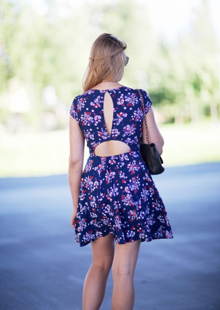 Ingrid Holm Blog - floral dress and brogues. AOIFE WOVEN PRINTED CUT OUT BACK DRESS from Boohoo