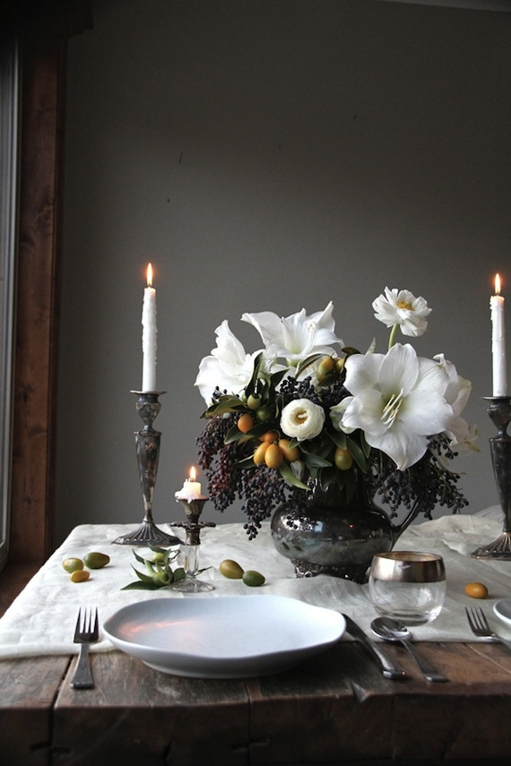 We LOVE this vintage rustic table setting