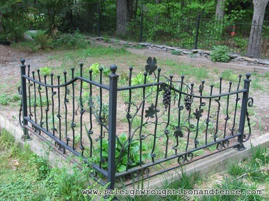 Raleigh Wrought Iron And Fence Co Custom Wrought Iron Fence In Raleigh Nc Durh Modern Design In 2020 Wrought Iron Fences Iron Fence Wrought Iron