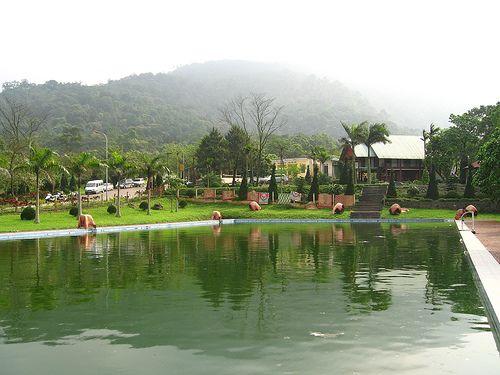 Ba Vi – a complex of interesting and wonderful sites http://hivietnam.vn/da-nang/ http://hivietnam.vn/ho-chi-minh-mausoleum-opening-hours/ http://hivietnam.vn/temple-of-literature-hanoi/