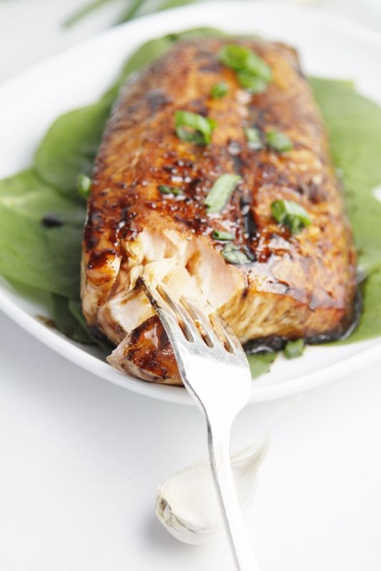 Raisin and balsamic salmon