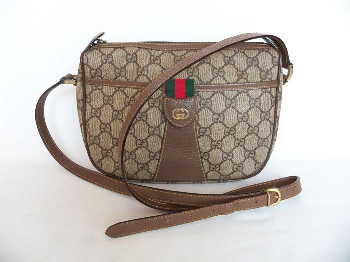 Catawiki online auction house: Gucci - crossbody bag - *No Reserve Price*