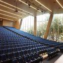 Auditório do Colégio La Enseñanza / OPUS + MEJÍA
