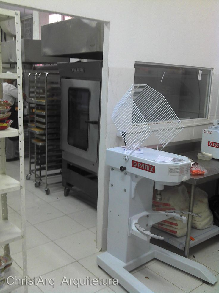 Cozinha industrial com ênfase em confeitaria e cathering