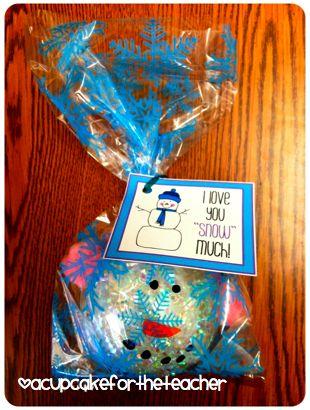 A Cupcake for the Teacher: Snowman Ornaments!