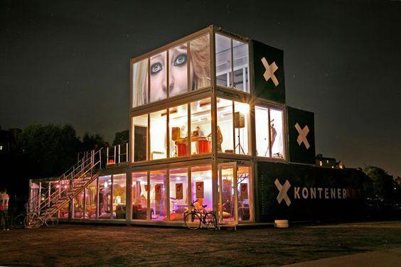 Kontener Art: localizado na Polônia, originado de forma independente pelos artistas da cidade de Poznan. O local tem pequenos estúdios de arte, moda, música, mídia, design, entre outros. O projeto, que ocorre desde 2008 e está sempre em mudança (mas sempre utilizando containers), é co-financiado pelo Ministério da Cultura e do Patrimônio Nacional e também pela prefeitura.