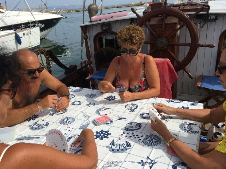 Burraco in barca