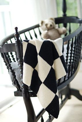 Garter Blocks Baby Blanket Pattern. That cradle is stunning... maybe I could double duty it as something else...